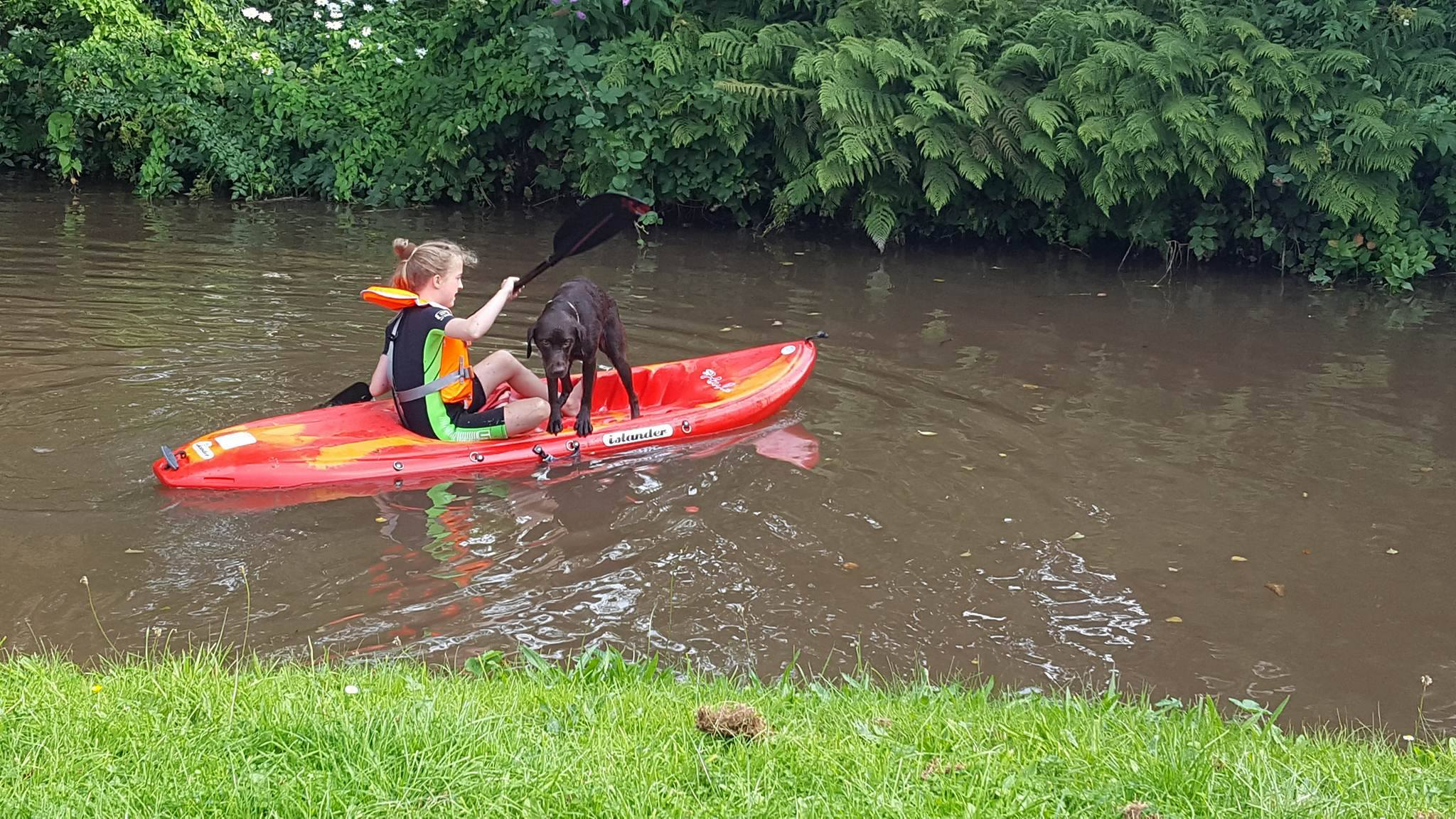 Teaching your kids to kayak – tips for a smooth ride 6